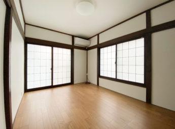 内装改装工事と窓の工事(伊豆の国市)
